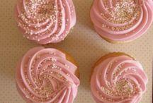 Cupcakes / by Brenda Alcazar