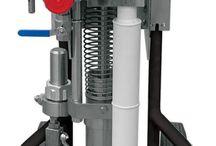 Pompy Airless / Najwyższej jakości pompy airless wykonane ze szlachetnej stali nierdzewnej zapewniają bezproblemową konserwację i cichą pracę urządzenia.