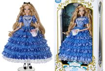DISNEY DOLLS & MERCHANDISE