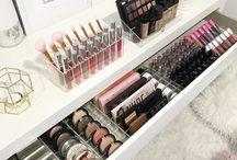 my makeup organizer