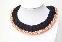 Collares Picadilly