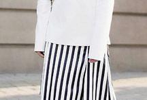 Variedaf / Quiero que aya camisetas de manga corta, larga, también pantalones largos, cortos, blusas, zapatos,
