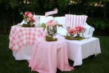 HOLIDAY IDEAS / Holiday Entertaining / by Autumn Brown