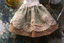 šaty na babiky