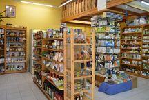 """Κατάστημα Βιολογικών """"Ναράγιενα"""" στη Νέα Σμύρνη. / Ελάτε στο εξειδικευμένο κατάστημά μας για να βρείτε ότι πιό ποιοτικό για την διατροφή σας, την υγεία σας και την εμφάνισή σας."""
