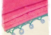 Vanhoja pyyhkeitä ja reunapitsejä - Vintage towels and lace edgings