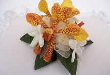 Wedding Corsages & Boutonnieres  / Wedding Corsages & Boutonnieres are VERY different from your Prom Corsage! So, This is a separate board just for Wedding Corsages & Boutonnieres! Enjoy!