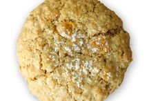 Sprinkles Cookies / Sprinkles Cookies puts a delicious spin on familiar old fashioned favorites like chocolate chip, oatmeal and peanut butter. A base of rich, European style butter and fragrant Madagascar Bourbon vanilla yields a highly flavorful and decadent cookie. Hand rolled and baked just right, the result is a perfectly crisp outer shell with a tender and chewy interior. Individually bagged for freshness, their homemade taste lasts all day! / by Sprinkles Cupcakes, Cookies & Ice Cream