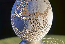 ostrich egg - jaja strusie- ażurowe pisanki / naturalna skorupka jaja strusiego ręcznie rzeźbione