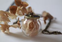 Romantic / www.dreamcatcherlab.com Eco-Chic Jewelry for Natural Lovers! #Vintage #Romantic #Unique #RealFlower #Preserved #Bronze #Jewelry #NaturalJewelry #Handmade #HandCraft and #Love