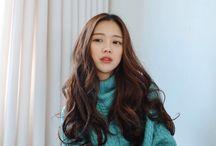 curly hair korean style