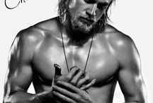 Jax Teller - and he's a Brit <3
