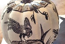 The Primped Pumpkin! / #handpainted #pumpkins #chinoiserie style!