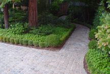 Cobblestone Garden Paths / Genuine cobblestone and other great natural stone used to create wonderfully inviting garden paths.