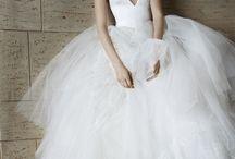 Brautkleider / Diese Hochzeitskleider sind unsere absoluten Favoriten! Einfach wunderschön