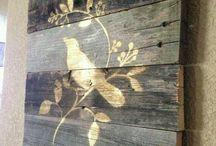 Na drewnie