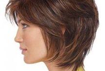 Coiffures pour cheveux courts pour femmes