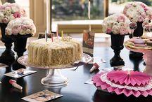 Senin Sofran - Doğum Günü Sofrası / Doğum günü davetleriniz için sevdiklerinizle paylaşacağınız şık bir sofrayı sizin için hazırladık.