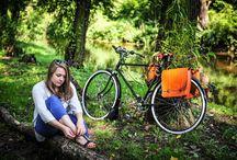 FSBike alforjas, bolsas y maletines de cuero / En avantum ofrecemos una serie de alforjas, bolsas y maletines de cuero para que las puedas utilizar en tu bicicleta para ir a la oficina o para pasear. Elegantes y exclusivos modelos fabricados en dos calidades, Standard y Premium.  www.avantum.bike