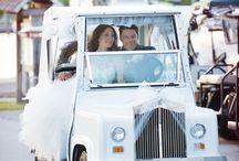 Wedding golf cart ideas  / Going to have golf carts in your wedding? Check out some fun ideas featured here!