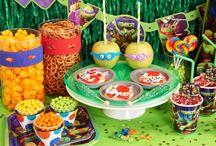 JR party ideas / by Liliana Rivera