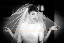 Bride alone photographs / Beautiful brides before the wedding ceremony