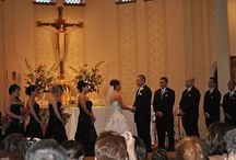 How Many People Should be in Your Wedding Party? / Picking a wedding party is one of the first essential steps in wedding planning.