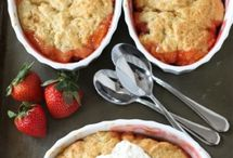 Cobblers, Crisps and Crumbles / Recipes made to enjoy summer's perfect fruits!