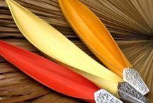 artesanato com casca de coqueiro e folhas