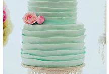 Wedding Cakes / by Kayla Paige Ahroon
