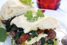 Sandwiches / by Cristina Do Carmo
