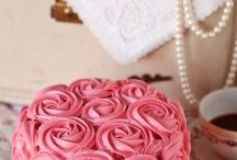 cakes / by Jessica Weiland