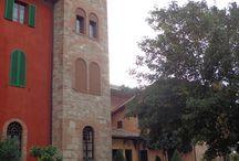 Villa Il Patriarca / Partner von Umbria mia - eines der Domizile für unsere Touren: Eine toscanische Villa mit allen Annehmlichkeiten eines 4Sterne-Hotels - auf einem Hügel gelegen, umgeben von einem herrlichen Park mit Pool und schönem Ausblick auf die Weinberge. Zentrale Lage im Grenzgebiet Toscana – Umbria.