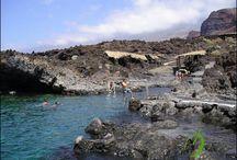Isla del Hierro / El Hierro es la más occidental y meridional de las Islas Canarias (España). Pertenece a la provincia de Santa Cruz de Tenerife. Su capital es Valverde, donde, aparte de la La Villa (casco urbano), también se encuentran el Puerto de La Estaca y el aeropuerto insular. Además de Valverde, El Hierro cuenta con otros dos municipios: La Frontera y El Pinar.  El 22 de enero de 2000 fue declarada por la Unesco como Reserva de la Biosfera.