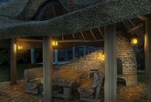 Nastrojowa altana / Kolejna piękna altana kryta strzechą wraz z grillem i wędzarnią to nasza propozycja na tegoroczny sezon wiosna- lato-jesień 2015r.