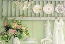 Shabby Chic / by Ruth Robinson