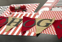 DIY Football Crafts / Fall Football projects that are perfect for party decor, tailgate, invitations, front door, mantels or football lover's gift