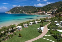 La Biodola Beach / One of the Elba Island finest and most renowned beach, Baia Bianca Relais is located directly onto the beach. Sea and sand are a just few feet away from your garden villa or suite apartment