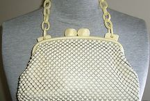GORGEOUS PRISTINE WHITING AND DAVIS ALUMESH 1930'S PURSE-MINT-CHECK IT OUT