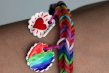 How to make a loom band bracelet / Tutorials, step-by-step training on how to make different loom band bracelets.