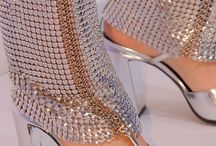 ONLY HIGH HEELS