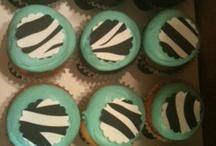 Cupcakes / by Karen Shelton