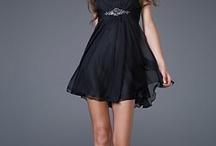 Dresses / by Vero Schroder