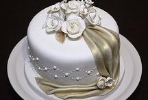 Wedding cake decorating / Decorated cakes