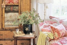 Decorating ideas / by Melissa Valure