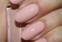 Nails  / by Vanina Heart