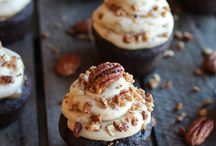 cupcakes / by Tina Woo
