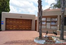 Property For Sale in Krugersdorp | Roodepoort & Randburg / Through my commitment to excellence and personal service I have become one of the most highly regarded Real Estate Professional in Krugersdorp & Roodepoort. I have the knowledge, resources, and expertise to market and sell your home effectively.