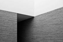 gestuukte woning | stucco house