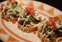 La Cocina Mexicana / Gastronomia Mexicana.  Deliciosos platos, prehispanicos, modernos y tradicionales.  / by Raquel Rodriguez
